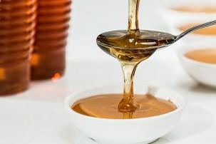 Liquide ou crémeux : comment se transforme le miel de Paris
